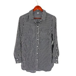 nwt | Old Navy Black & White Striped Button Up